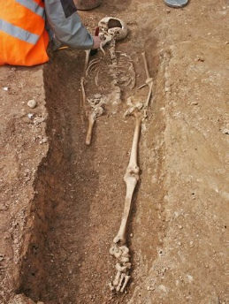 Image: Burial of amputee - excavation by Exeter Archaeology